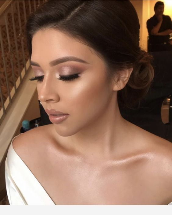 41 Pretty Wedding Makeup Ideas For Brides To Try Now In 2020 Pretty Wedding Makeup Bridal Makeup Natural Simple Wedding Makeup