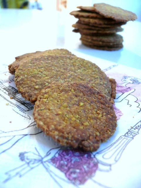 Aroma di cacao, di spezie e....: Cracker di Avena, farina di farro e Curcuma