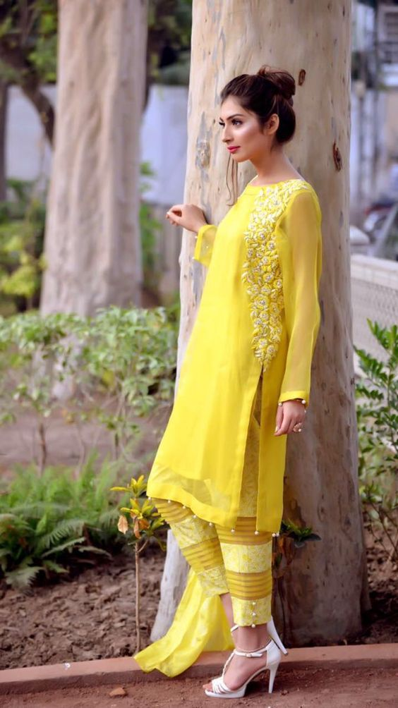 Stitching Styles Of Pakistani Dresses Yellow Embroidered Shirt
