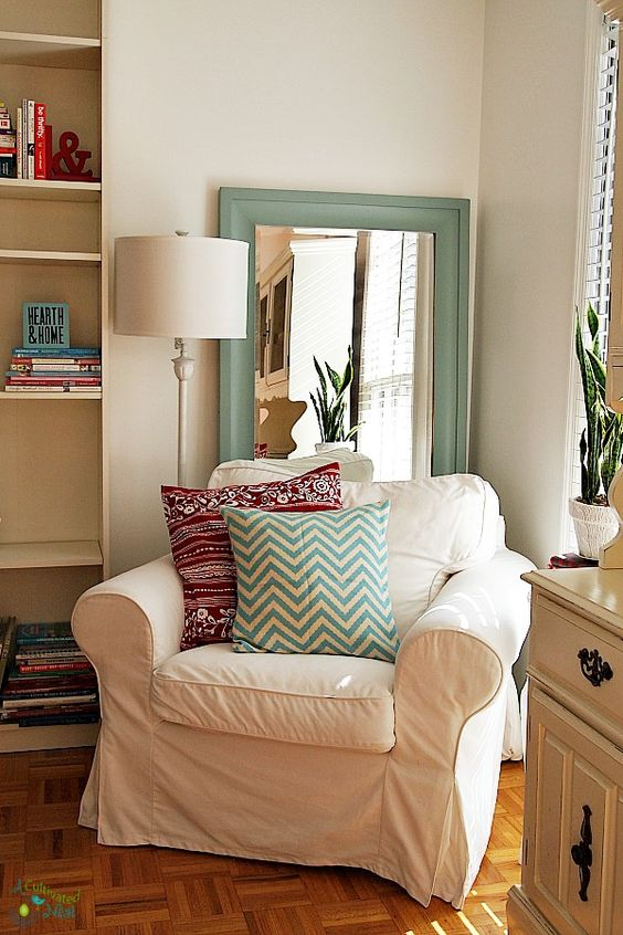 Chairs reading areas and ikea on pinterest for Cozy reading room design ideas