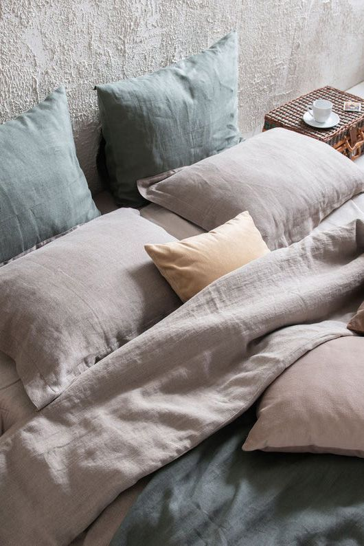 Soft Linen Sheet Set Will Dress Your Bed With Natural Simplicity Linen Bedding Bedding Dress Linen N Bed Linen Sets Linen Bed Sheets Linen Sheet Sets