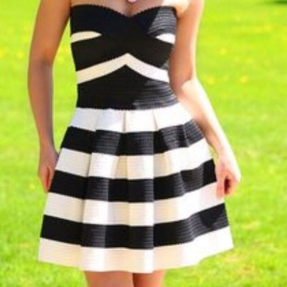 Express strapless black and white striped dress. NWT  Strapless ...