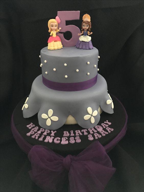 Cake Dreamers Dubai Sophia Cake