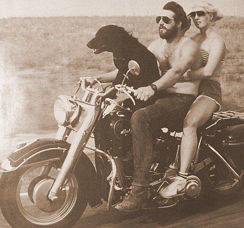 Google Image Result for http://cdn.fd.uproxx.com/wp-content/uploads/2011/10/Vintage-motorcycle-dog.jpg