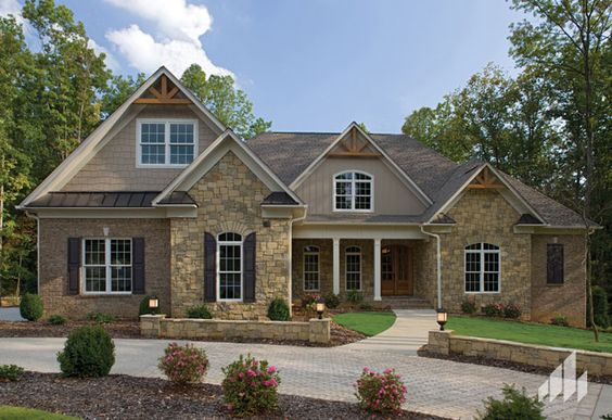 General shale 2009 homes photo gallery like the brick for Tudor siding
