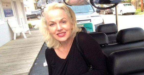 Vrouw die beweert dat ze is de dochter van Marilyn Monroe en JFK: