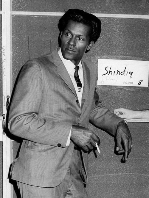 Chuck Berry on Shindig...: