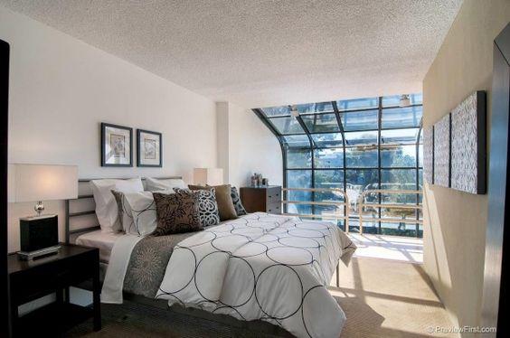 Mission Hills - $1,100,000