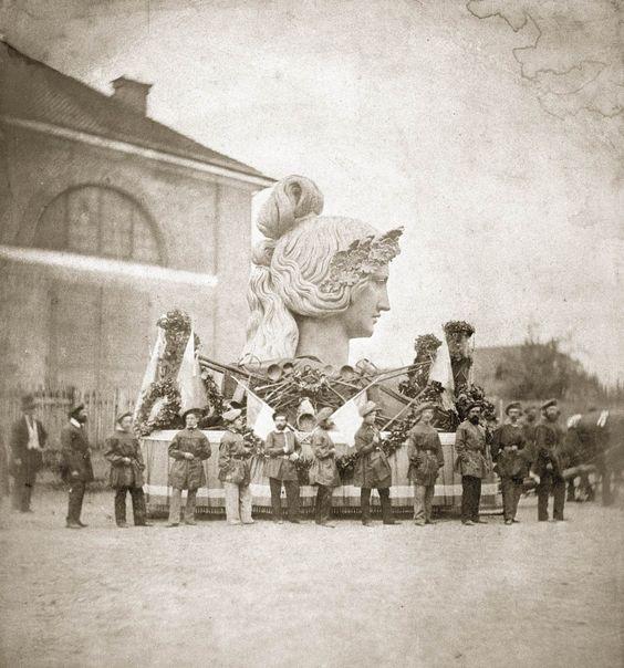 Alois Löcherer, Der Kopf der Bavaria, vorbereitet für den Transport zur Theresienwiese, 7. August 1850.