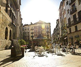 Casco viejo siete calles bilbao bizkaia pinterest tops and bilbao - Cerrajeros bilbao ...