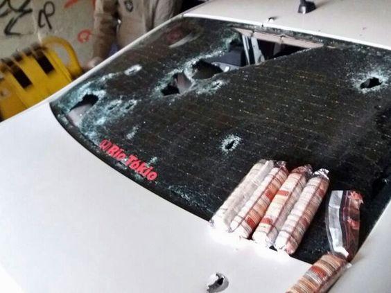 Perseguição na Avenida Brasil teve tiroteio e baleados (Foto: Divulgação/PRF)