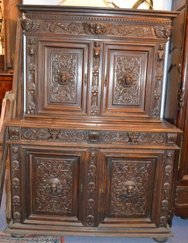style louis xiii meubles. Black Bedroom Furniture Sets. Home Design Ideas