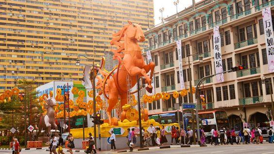 Bạn có thể đến Chinatown bằng các phương tiện giao thông công cộng