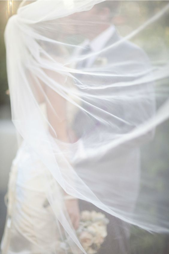 Love this <3 i forgot to ask you if you have a veil..this would be great to shoot the two of you with.