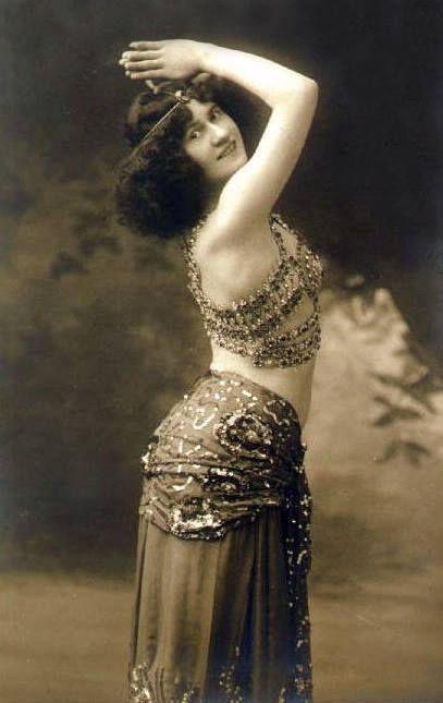 Biblio Curiosa Salome dancing. La danse de Salomé.