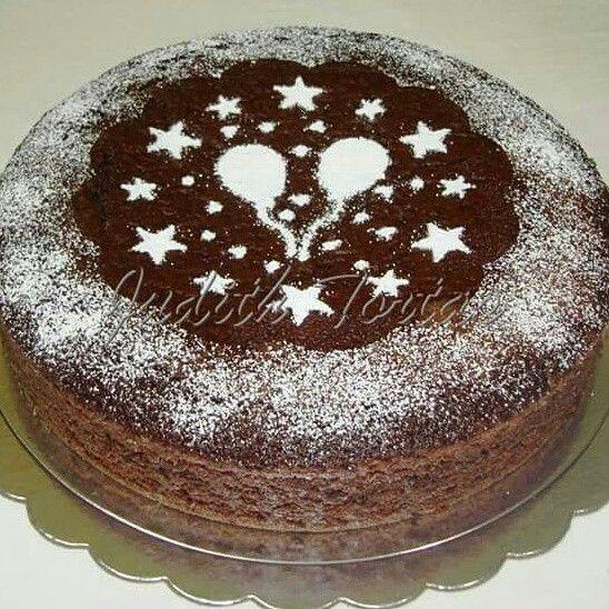 Torta especial de chocolate, sin lactosa.