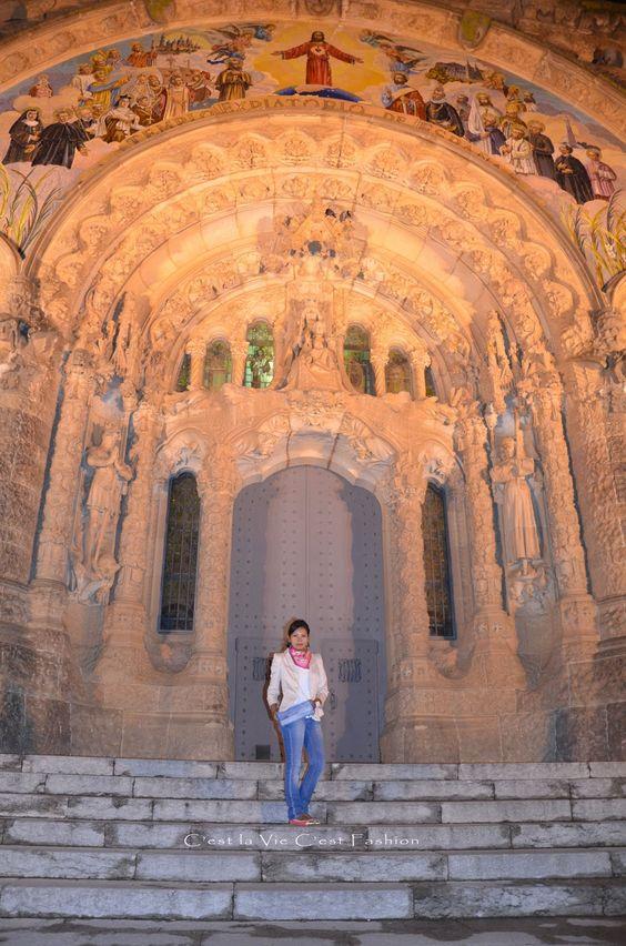 Original Clutch made by me....Barcelona de Noche .... http://www.makeyourownfashion.com/2013/09/original-clutch-made-by-mebarcelona-de.html