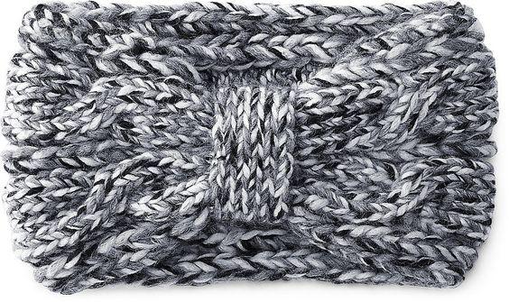 Das neuste Winter-Accessoire das nicht mehr fehlen darf, ist dieses modische Stirnband von Cox. Aus grau-meliertem Strick können entzückende Looks kreiert werden.