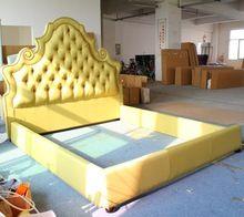 Nuevo estilo de diamantes cama tapizada muebles(China (Mainland))