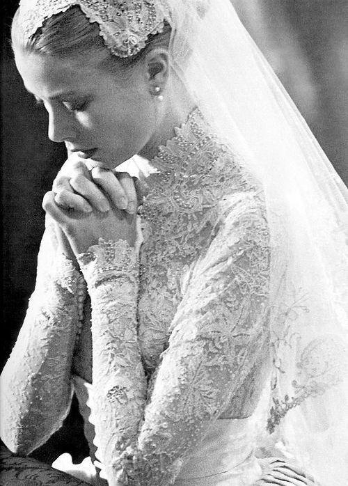 #grace de Mónaco nuestra gran inspiración y referencia de #ramo de #novia #neoclassical