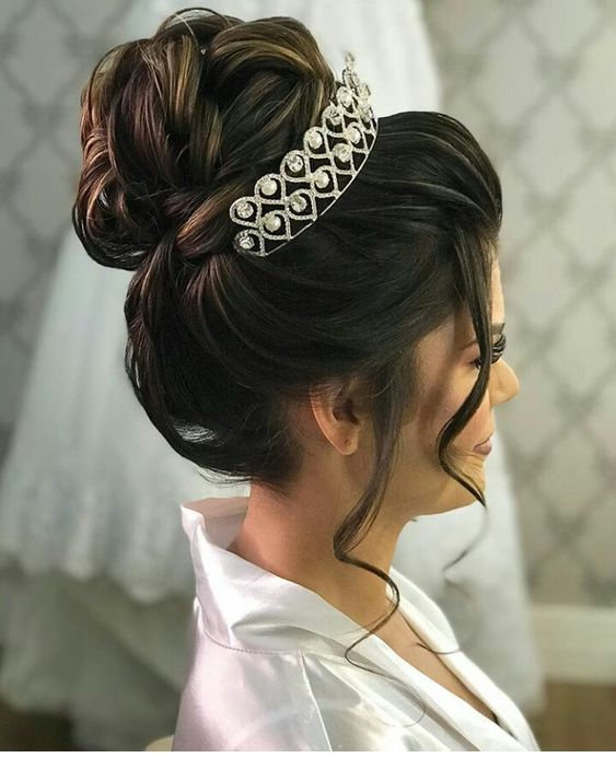 Amazing Bun With Crown Bridal Hair Buns Quince Hairstyles Wedding Hairstyles With Crown