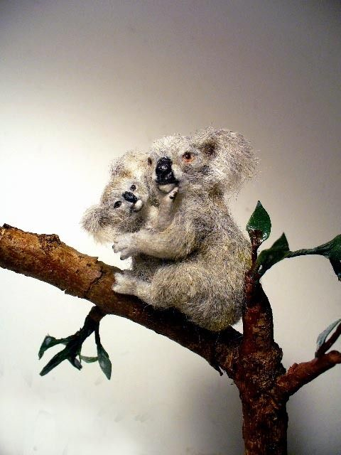 Dollhouse Miniature Mother & Baby Koala Bears and Eucalyptus Tree *Handsculpted* 1:12 Scale
