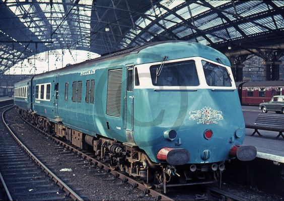 One of the Western Pullman sets stands at Liverpool Lime Street having worked in with a Footex from Coventry 5/3/66 ©www.railphotoprints.co.uk -the late Colin Whitfield