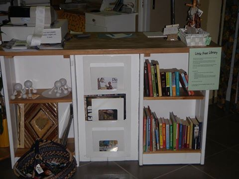 Boekenruilkast Oxfam Maaseik