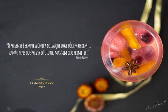 Gin tónico frutado e espumante de mirtilo para uma passagem de ano em grande!