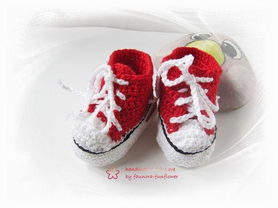 Baby- Turnschuhe gehäkelt Babyschuhe von faunora-funflower auf DaWanda.com