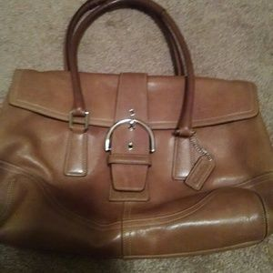 I just discovered this while shopping on Poshmark: % Authentic Coach purse. Check it out!  Size: OS