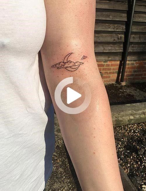 21 Best Small And Minimalist Tattoos That Are Absolutely Adorable Tatuajes Bonitos Pequenos Tatuajes Minimalistas Mejores Tatuajes Pequenos