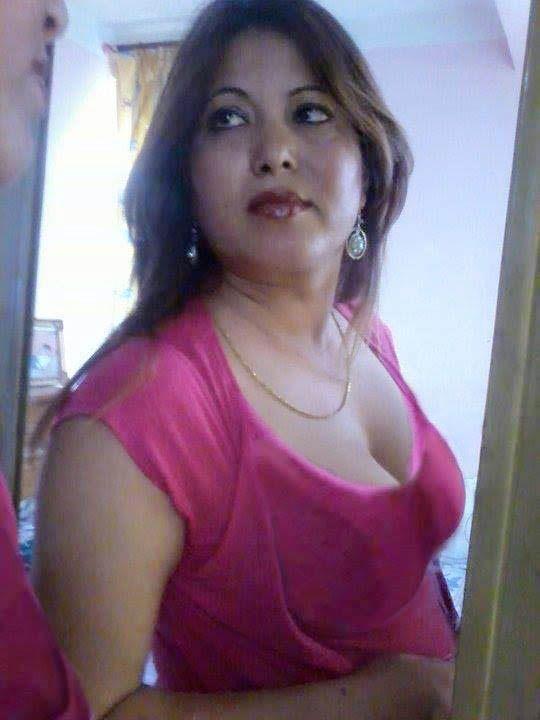 India AuntSuper Hot