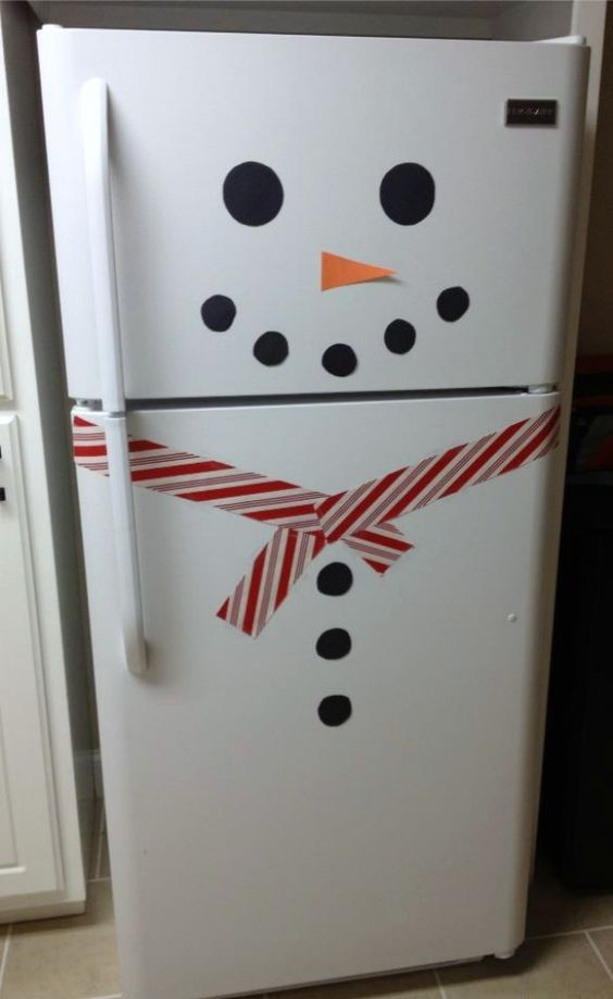 15+ DIY Christmas Decorations: Christmas Diy, Christmas Time, Diy Christmas Decoration, Fridge Snowman, Christmas Decorations, Snowman Fridge, Christmas Ideas