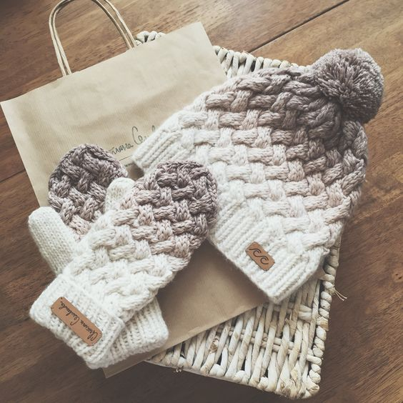 Knitted hat and mittens: