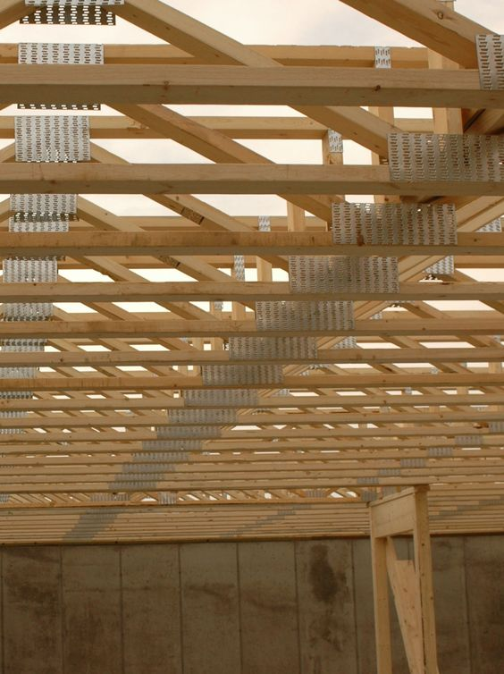 Create first-rate buildings with Trimmable End Floor Trusses. Floor trusses provide floorplan freedom by concealing HVAC ductwork. Each end can be trimmed on site to ensure an exact fit.