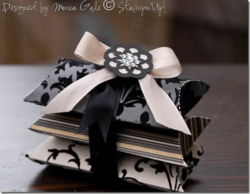 love this idea. three pillow boxes tied together with ribbon & love this idea. three pillow boxes tied together with ribbon ... pillowsntoast.com