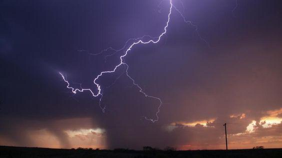 Une série d'orages violents a frappé la France, le 8 juin 2014.
