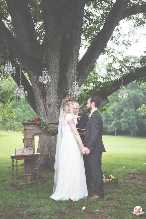 Boho Wedding ceremony | Rustic Boho {Real Wedding ...