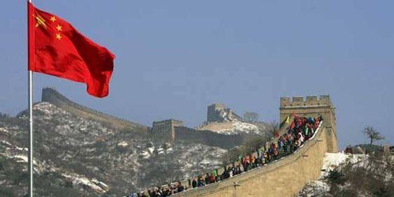 China está contra e o Japão está a favor das sanções contra a Rússia A China já fez saber que está do lado de Moscovo, considerando que a aplicação de sanções contra a Rússia não é a solução para resolver a crise que se instalou na Crimeia (península ucraniana).  http://gagicrc.com/media/noticiasgeral/china-esta-contra-e-o-japao-esta-a-favor-das-sancoes-contra-a-russia/
