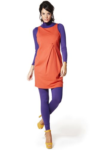 Vestido premamá corto Valentino. Vestido sin mangas de color naranja con pliegue delantero en punto elástico.