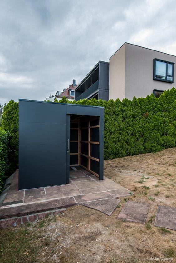 Deisgn gartenhaus by design garten augsburg anthrazit for Garten steine streichen