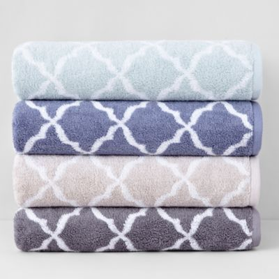 Hudson Park Scallop Bath Towel | Bloomingdale's