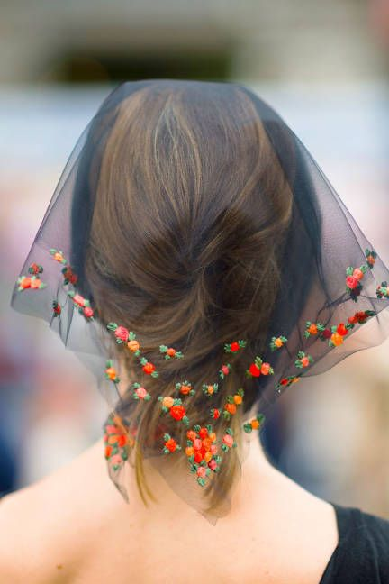 a dainty head scarf (Kelly Stuart for Elle):