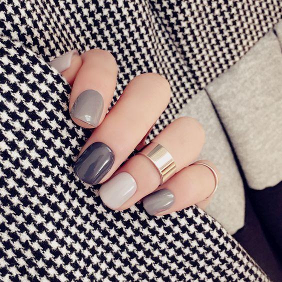 Neutral manicure: