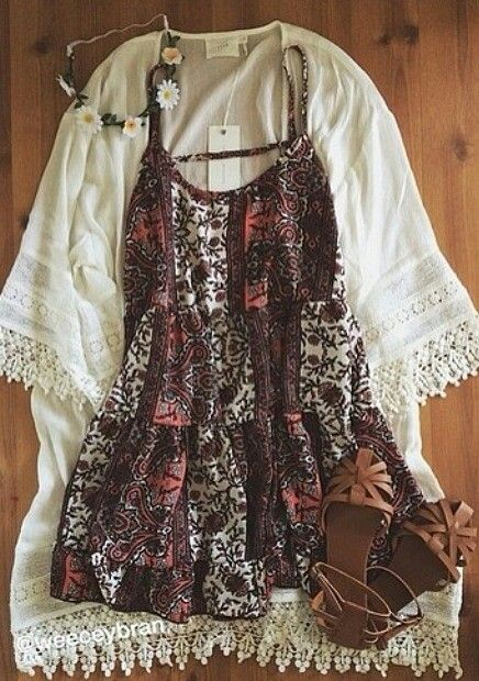 Boho summer look: floral dress with white cardigan with lace trim and flower headband: