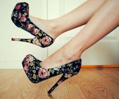 vintage flowered heels.