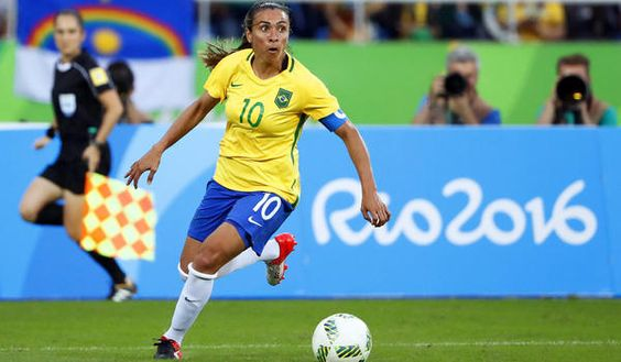 Brazil's Marta in action during the women's soccer match between Brazil and China at the Olympic Stadium in Rio de Janeiro on Wednesday. (Diego Azubel / EPA)