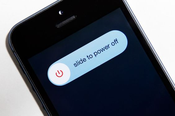 How the NSA Could Bug Your Powered-Off Phone, and How to Stop Them - Think your phone's off? It may just be playing dead. Here's how to actually kill its (spying) power.