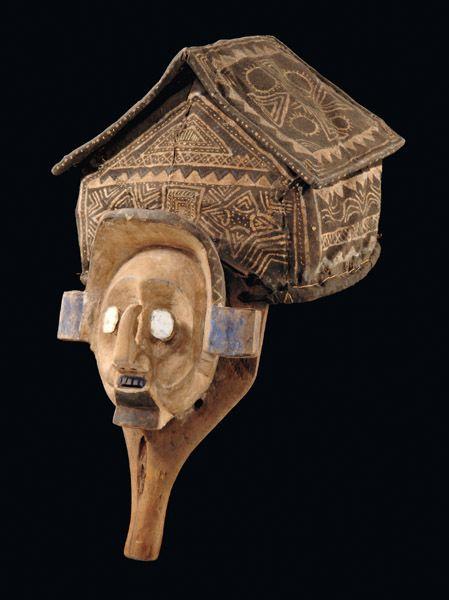 Helmmaske D. R. Kongo, Yaka  H: 46 cm  Vergleichsliteratur Bourgeois, Arthur P., Art of the Yaka and Suku, Paris 1984, p. 25 Hahner-Herzog, Iris, Das Zweite Gesicht, Afrikanische Masken aus der Sammlung Barbier-Mueller, Genf, München, New York 1997, ill. 78  Read more: http://www.tribal-art-auktion.de/de/all/search_yaka+maske/d50_1/#ixzz3JE59t3zP